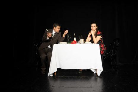DOPPELFEHLER: Alex (Larissa Enzi) & George (Torsten Hermentin)