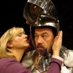 Frau Brettwolf (J. Brandstätter) und Herr Mausz (Peter Blaikner) im GOETHE & SCHILLER BEST OF